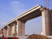 B5909 番の州道路高架橋-2